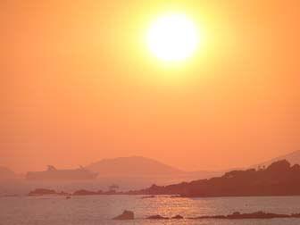 Reisverslag Corsica: Ile Sanguinaires met veerboot in de avondzon